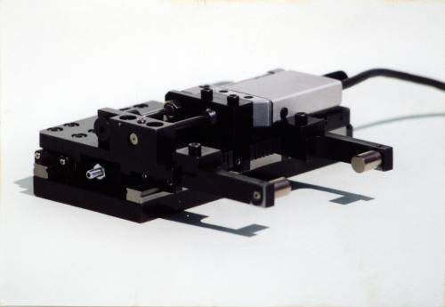 自社製接触式測定器